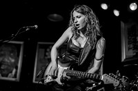 Ana Popovic Famous Dave's 2012